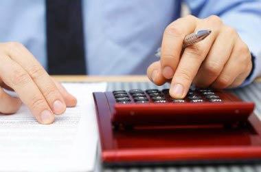 Scadenze fiscali: cosa pagare ad agosto?
