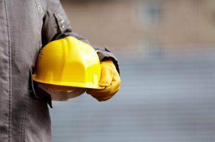 Offerta di lavoro per ingegneri a tempo indeterminato a 600 euro al mese? Uno scandalo, ma non è un caso isolato