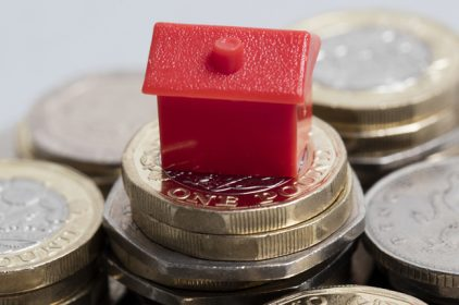 Mercato immobiliare: prezzi delle case stabili ma nei piccoli centri la crisi continua