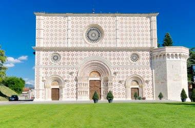 Risorge la Basilica di Collemaggio