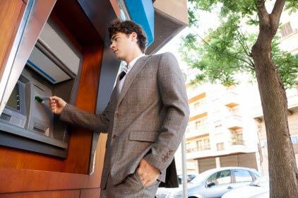 Commissioni Bancomat ridotte? … Si ma solo per tasse e bollettini