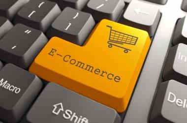 Agli italiani piace l' e-commerce