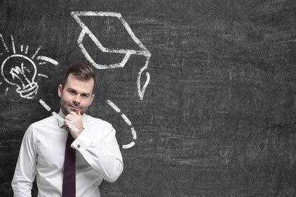 Riforma elenco albi professionali: accesso solo per laureati