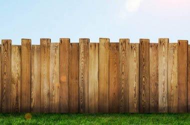 SCIA o permesso di costruire? Quali documenti bisogna produrre per realizzare un muro di recinzione ?