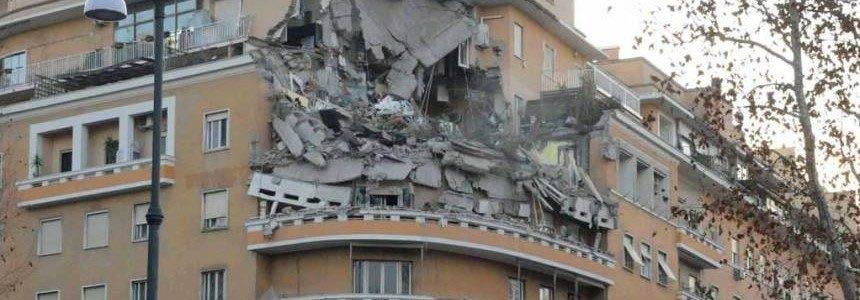 Crollo del palazzo a Roma, di chi sono le colpe?