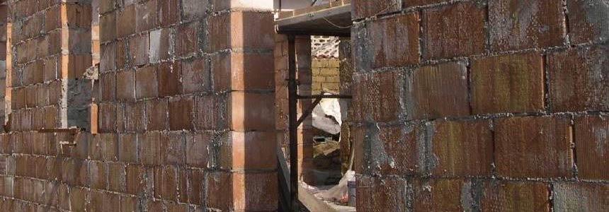Niente prescrizione per gli abusi edilizi