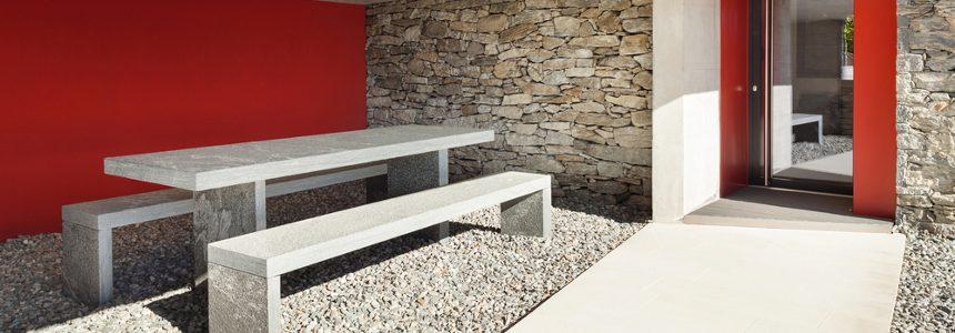 Come realizzare una pavimentazione per esterni in ghiaia?