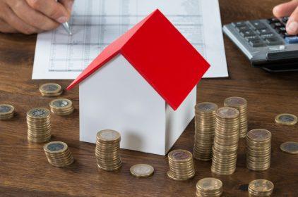 Troppe tasse sulla casa: Standard & Poor's affossa il mercato immobiliare