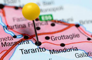 Il Presidente del CNI Armando Zambrano ha aperto i lavori del convegno sull'Ilva di Taranto.
