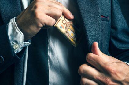 Corruzione in Italia: combatterla con la norma UNI 37001