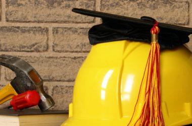 In costante aumento i laureati in ingegneria : nonostante la crisi registrato un più 5% rispetto al 2014