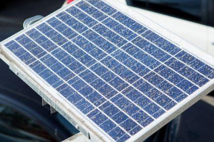Indossare celle solari… è possibile con la perovskite! Lo studio svolto al Politecnico di Milano