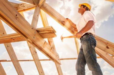 """Il glossario dell'edilizia libera (scaricalo GRATIS) va in vigore. Gli interventi """"free"""" dal fotovoltaico ai rivestimenti"""