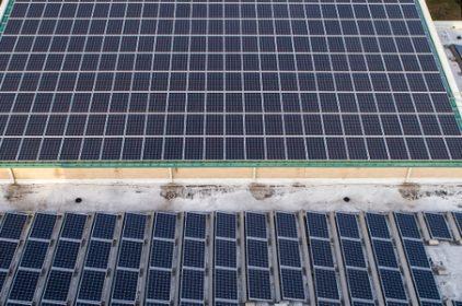 Una piastrella fotovoltaica calpestabile che raccoglie l'energia solare: l'università di Bologna deposita il nuovo brevetto