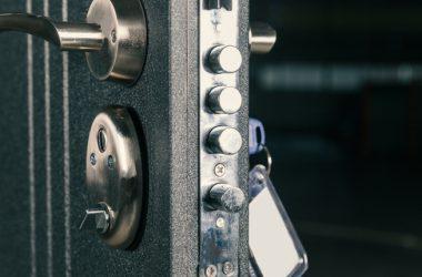 Siamo il Paese delle porte blindate. Per prevenire i furti ne sono state installate quasi 20 milioni