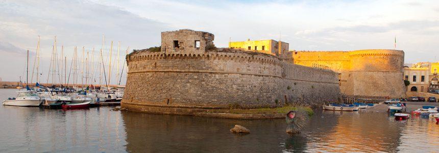 Progetti di restauro architettonico dei castelli di Gallipoli e Ginosa