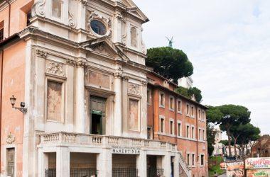Crollo a San Giuseppe dei Falegnami, procedono messa in sicurezza e recupero