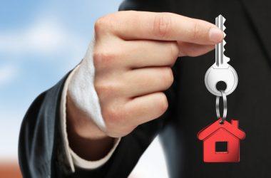 Consulta, eliminazione incompatibilità per agenti immobiliari: e' necessario evitare i conflitti di interesse