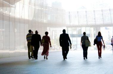 Qualifiche professionali, sentenza della Corte Ue sul riconoscimento dei titoli di studio esteri
