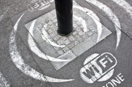 Verso la #SmartNation, al via Piazza Wifi Italia