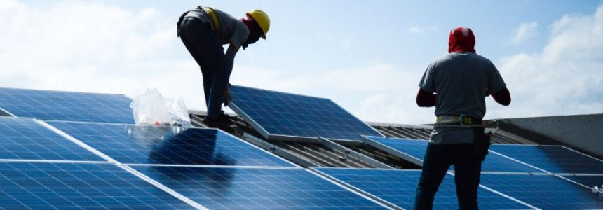 In Italia aumentano gli impianti fotovoltaici. Dal Sole circa il 20% di energia