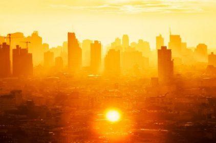Le alte temperature e l'effetto isole di calore si combattono con l'Effetto Albedo