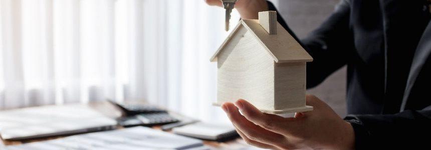 Consulta condanna Homepal: intermediazione immobiliare senza requisiti