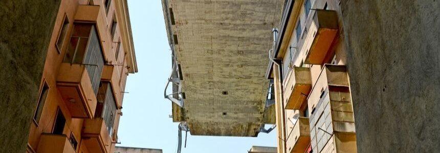 260 famiglie sfollate dal crollo del Ponte Morandi: disagi, paure e, qualche rimborso