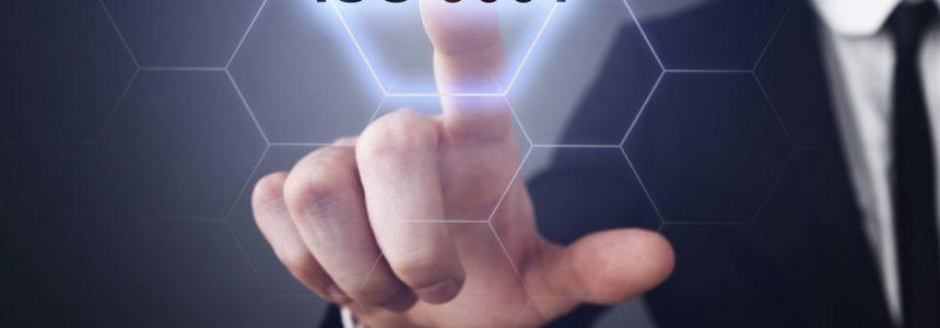 mano-schermo-touch