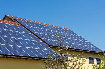 Energia solare fotovoltaica: come funziona, i pro e i contro