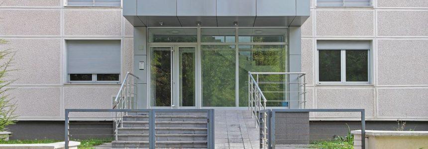 rampa-scalini-ingresso-condominio